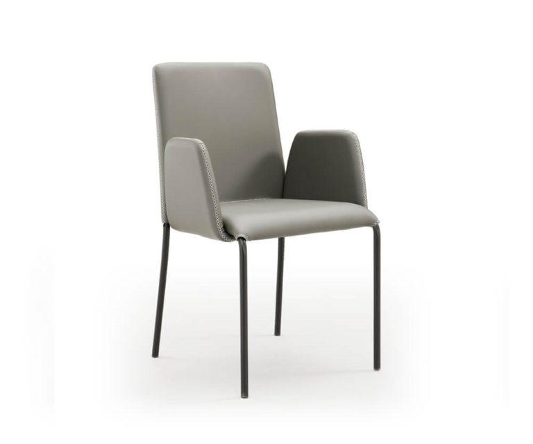 Chair Dora